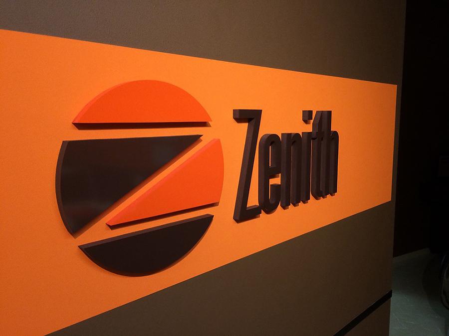東京都 羽村市のヘアサロン 「Zenith ゼニス 」看板制作