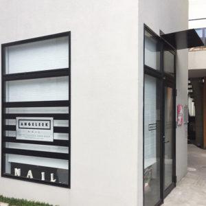 埼玉県所沢市「アンジェリークネイル」様 <br /><br />ロゴ、ウィンドウサイン、看板デザイン